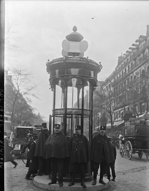 Semáforo en París